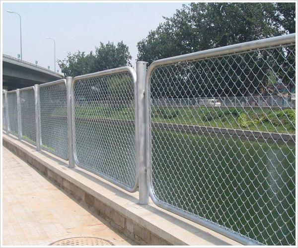 不锈钢护栏技术性能体现在哪些地方?